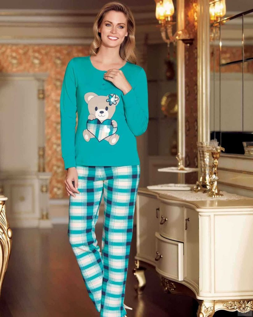Şahinler Ekoseli Pijama Takım