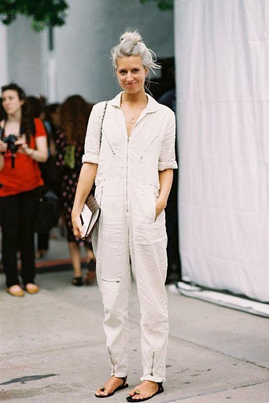 white-jumpsuits - Yüksek Bel Kotlar Tül Etekler Replum Elbise Normcore Tarzı Mode Kıyafetler Midi Etekler kreasyonlar Jogger Pantolonlar Demode Kıyafetler Dar Kotlar Beyaz Tulumlar