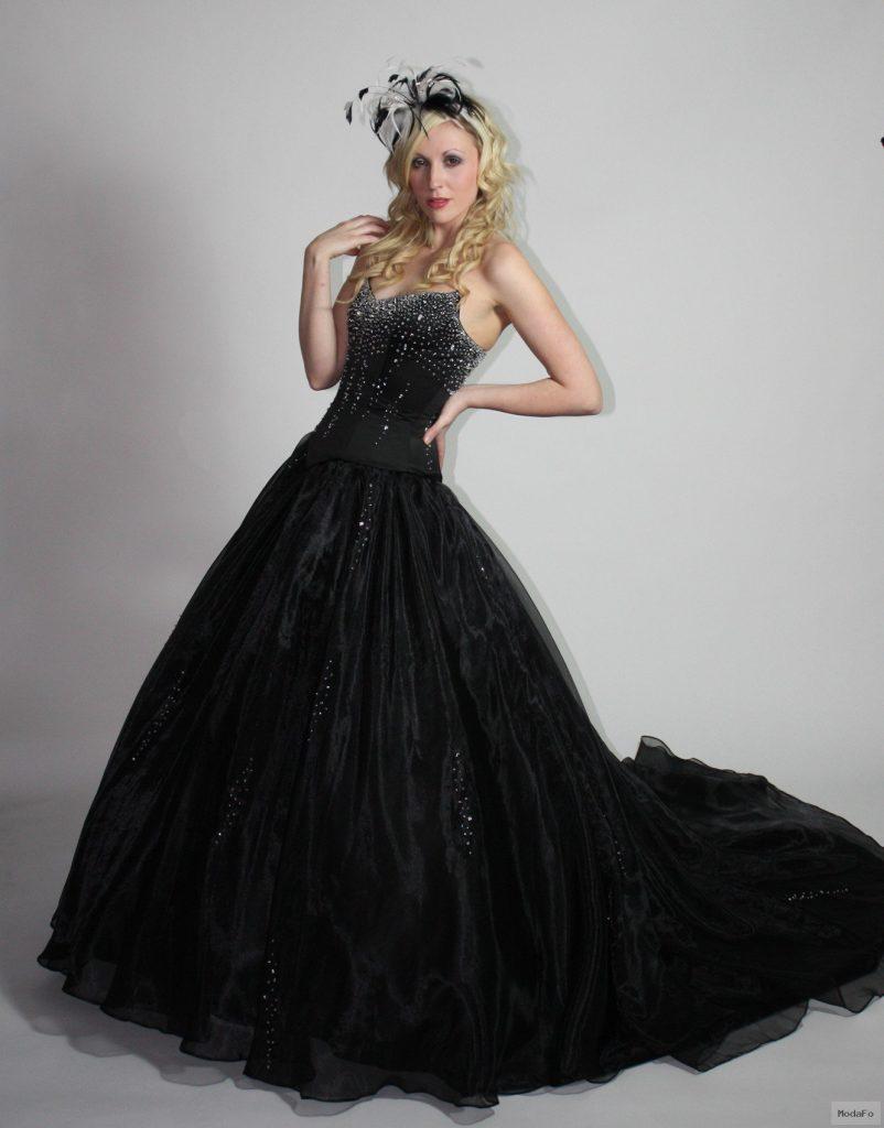 Kabarık Sİyah Elbise