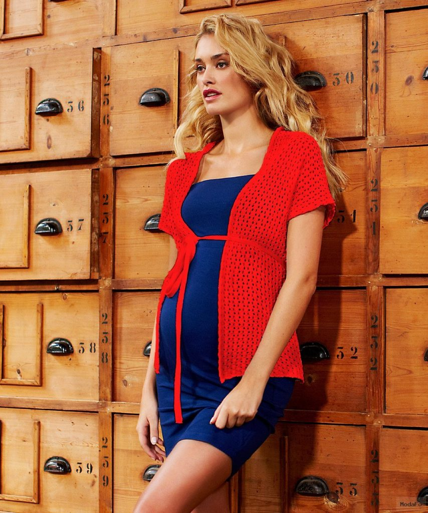 Crocheted Maternity Cardigan – Red