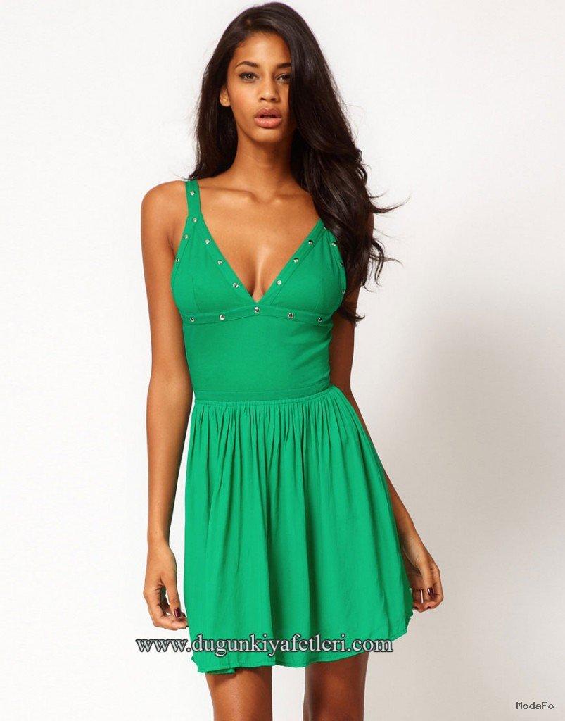 Yeşil Düğün Kıyafeti Modelleri yeşil-metalli-v-yaka pile etekli …