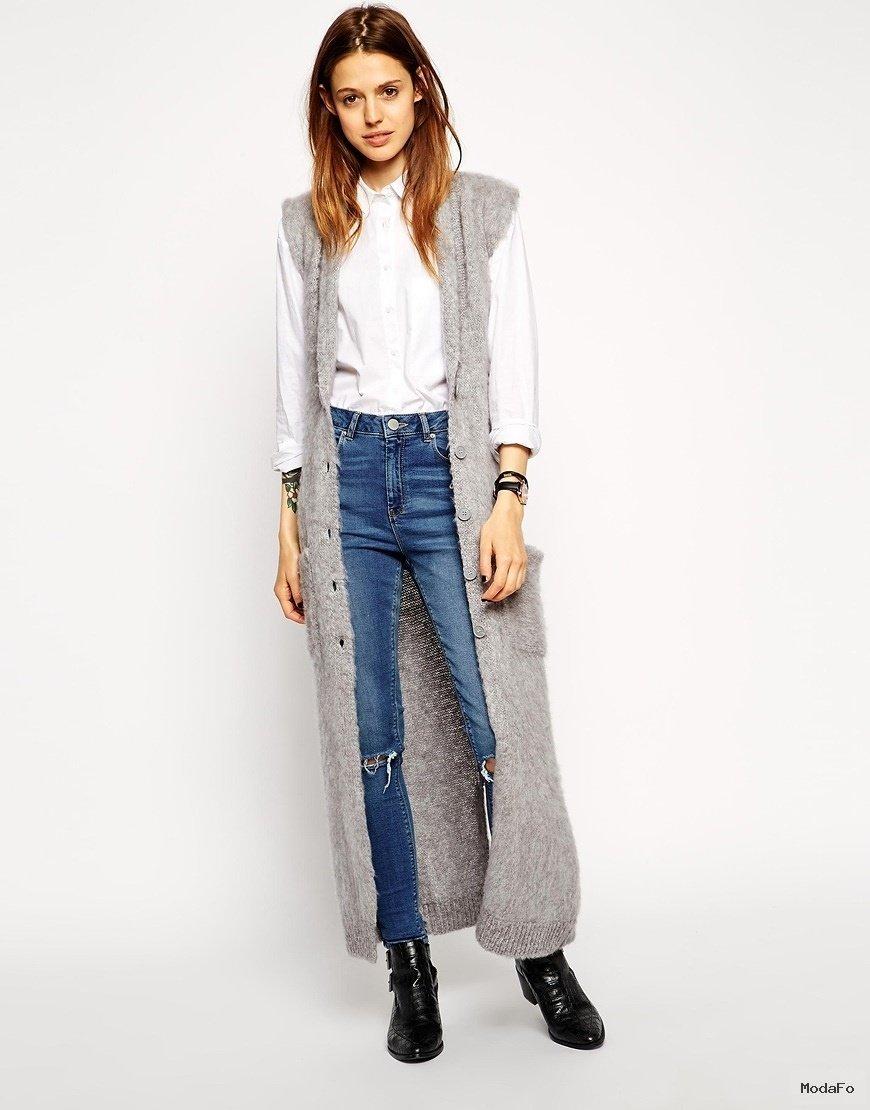 Do You Dare to Bare?12 Ways To Go Sleeveless This Winter | TOOVIA - Uzun hırka modelleri Uzun Hırka Kombinleri Uzun Hırka Modası Uzun Kış Modası Hırka Kombinleri