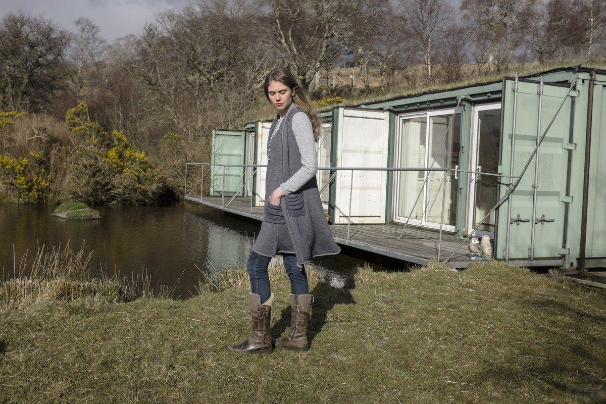 Samantha-Holmes-Fall-Winter- ... - Uzun hırka modelleri Uzun Hırka Kombinleri Uzun Hırka Modası Uzun Kış Modası Hırka Kombinleri