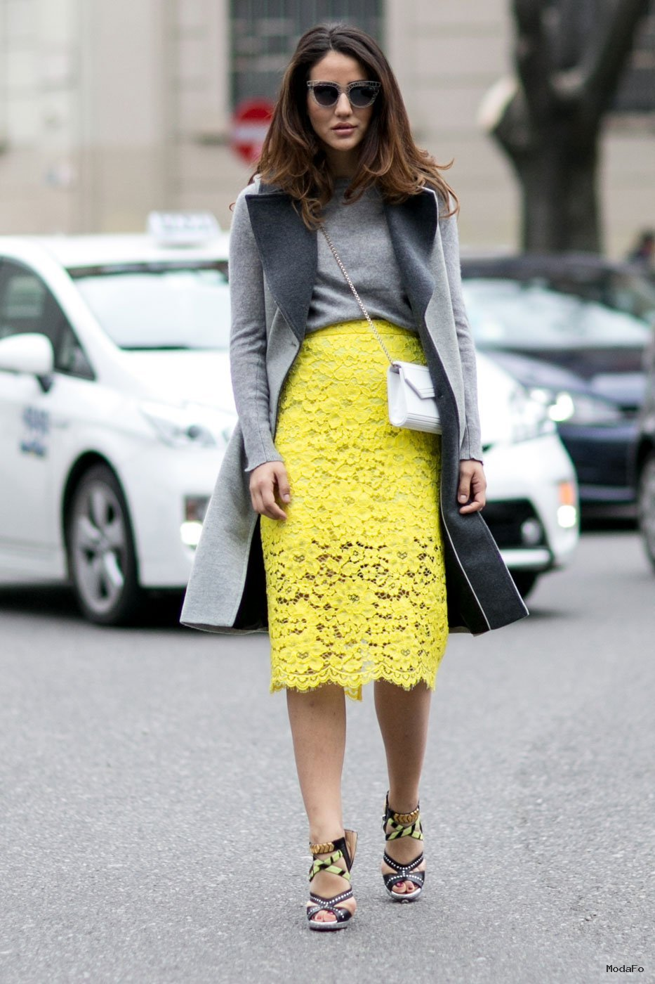Street Style From Milan Fashion Week Fall-Winter 2015-2016 ... - Uzun hırka modelleri Uzun Hırka Kombinleri Uzun Hırka Modası Uzun Kış Modası Hırka Kombinleri