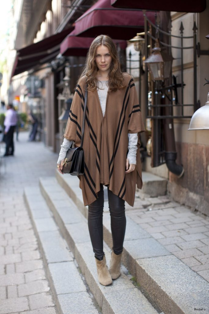 Street Style: The Boho-Chic Poncho – CHAOS Magazine
