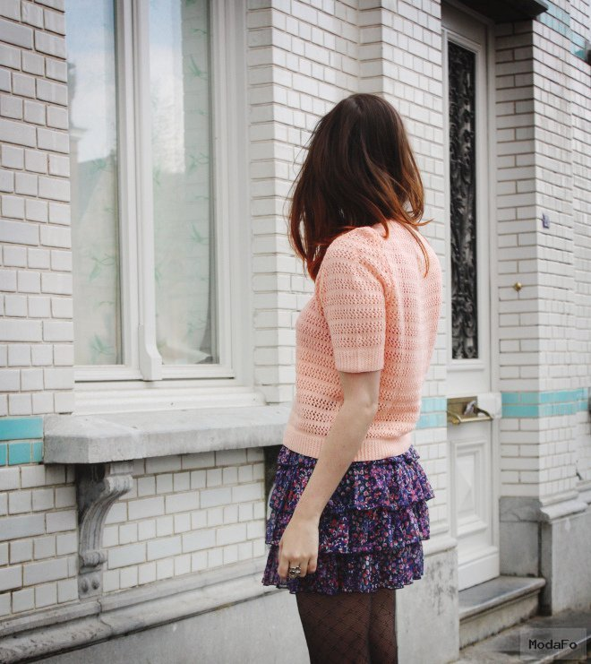 THE STYLING DUTCHMAN.: Peach Knit, Frilly Skirt