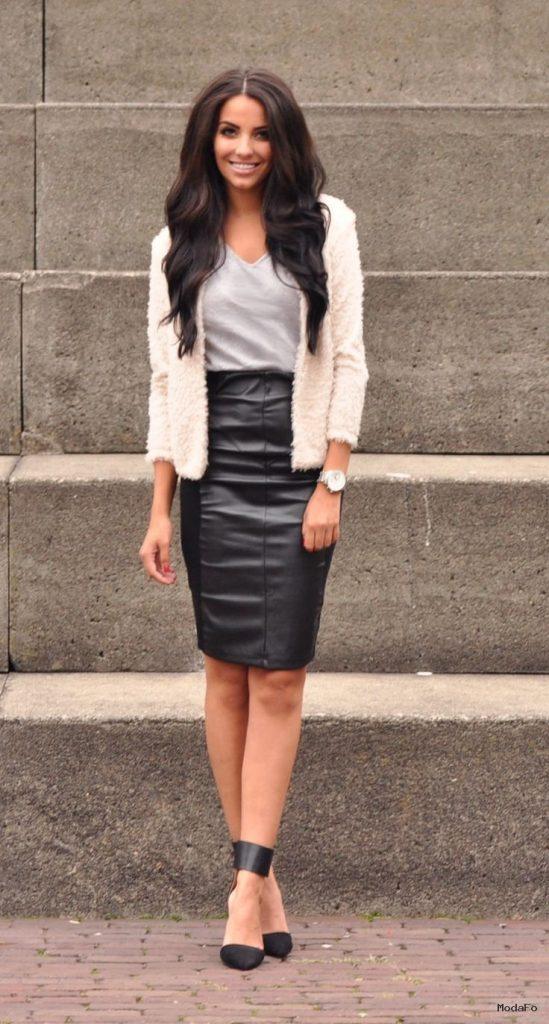 Work Wonders Vegan Leather Skirt – Black