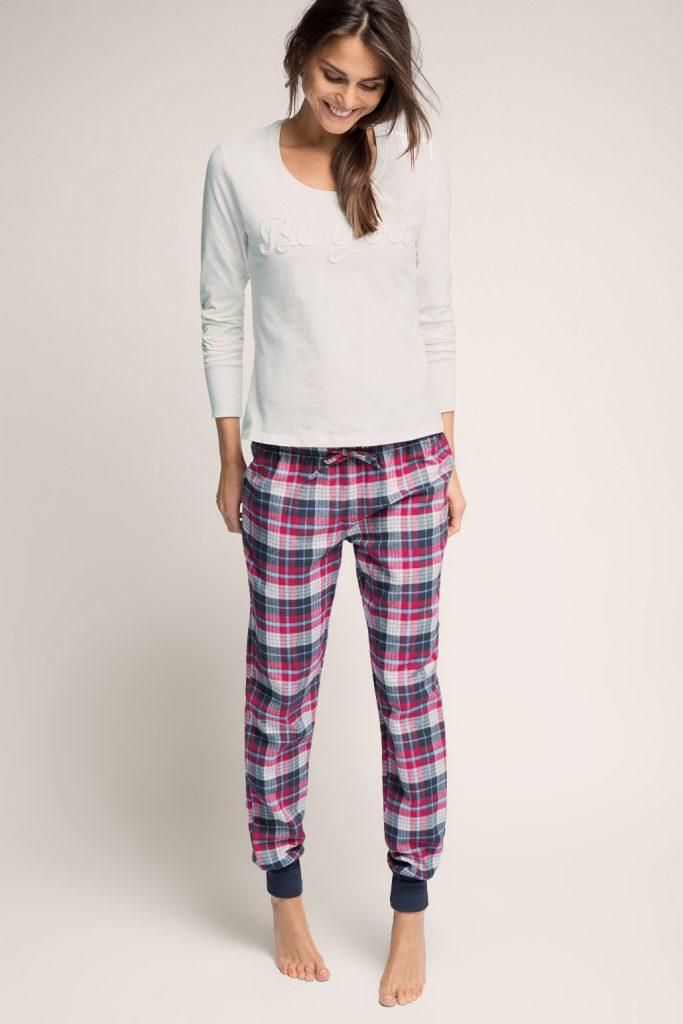 Pyjama en jersey-tissu, 100 100 coton 49,99 €