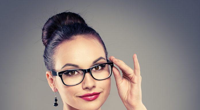 Gözlük Kullananlar İçin Makyaj İpuçları 2