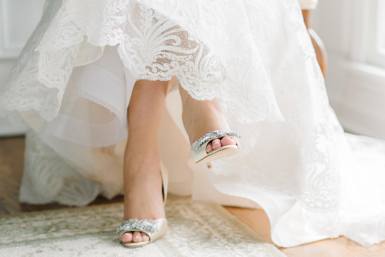 2016 Nişan ayakkabısı - Badgley+Mischka+Wedding+Shoes+NJ+Wedding+Photographer