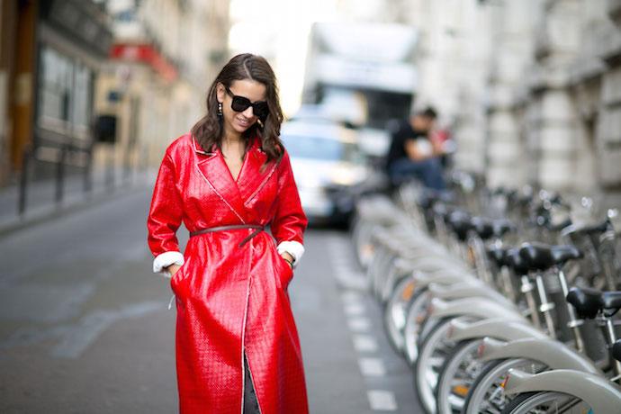 Kırmızı Kombin Önerileri 2016 - street-style-paris-fashion-week-ss-16-natasha-goldenberg