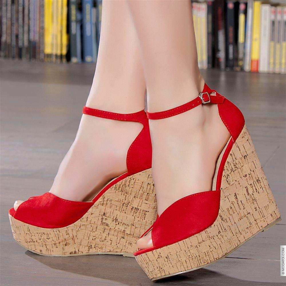 dolgu-topuk-ayakkabi-modelleri