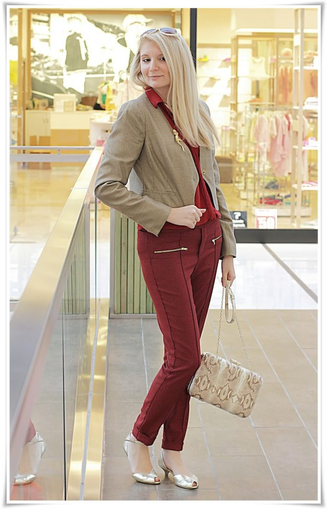 kirmizi-bej-pantolon-ceket-outfit-kombin-yaşam-stil-sihem-tachouli-fashion-moda1