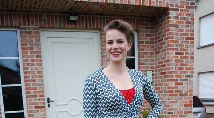 Günün kombini: Kırmızı elbise ve kombine bulutlu hırka 5