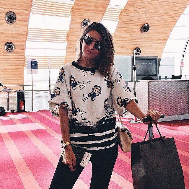 25 Mükemmel Tatil Kıyafetleri (bayanlar için) Traveling-exciting-so-your-airport-attire-should-also-equally