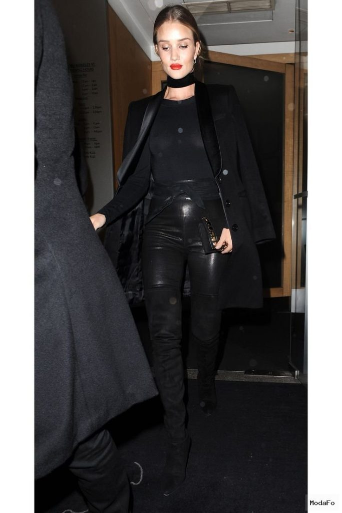 February 2, 2016 Who: Rosie Huntington-Whiteley What: A Sweater …