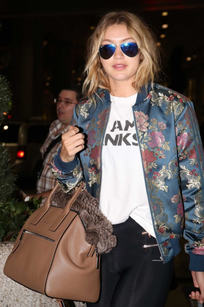 Gigi Hadid – Airport in Toronto, June 2015