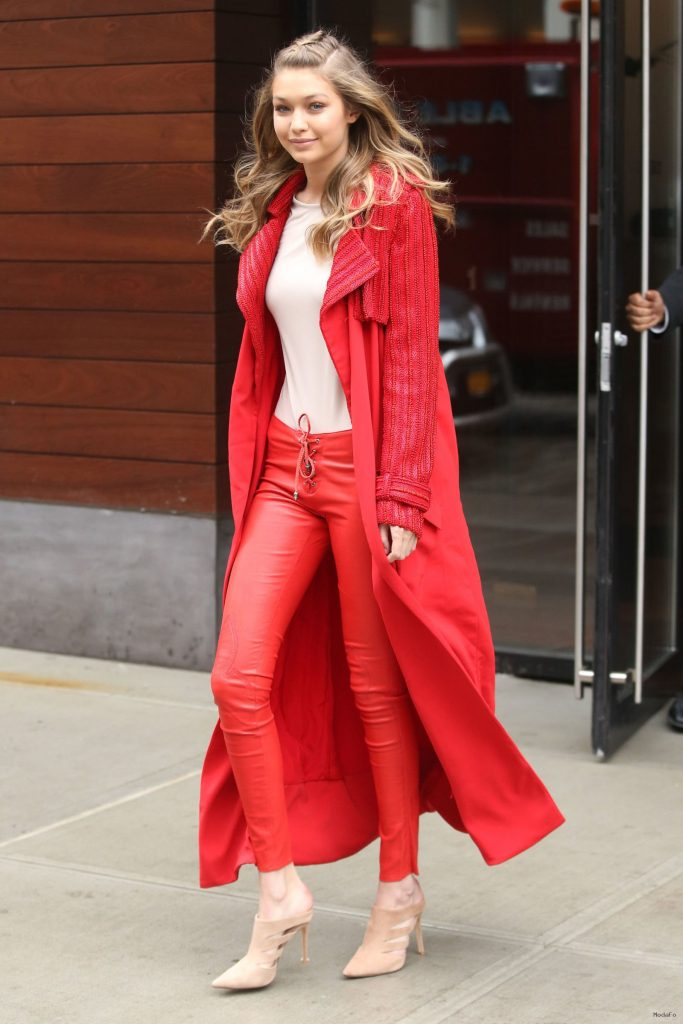 Gigi Hadid Street Style Outfits – Alternative Area