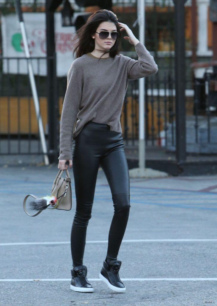 Kendall Jenner – Page 26 – celebsla.com