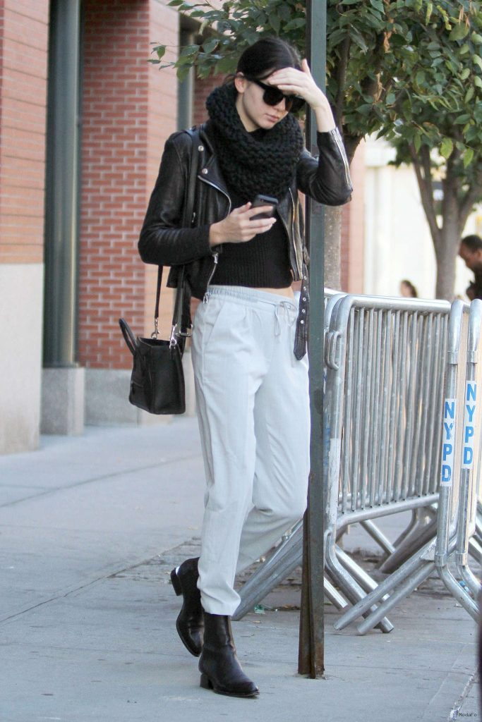 Kendall Jenner Street Style in NY -12 - GotCeleb