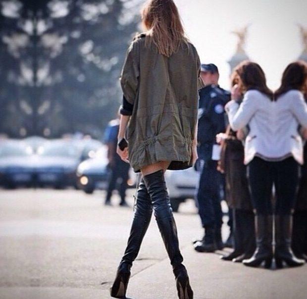 corap-cizme-kombinleri-3-620x604 - Yükselen Trend moda trendleri kadın çorapçizme Çorap Çizme Ayakkabı