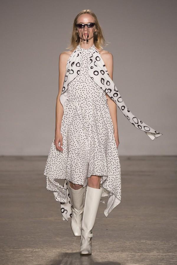 Beyaz-Renk-Botlar-1 - beyaz spor ayakkabı beyaz çizme beyaz bot beyaz ayakkabı modelleri